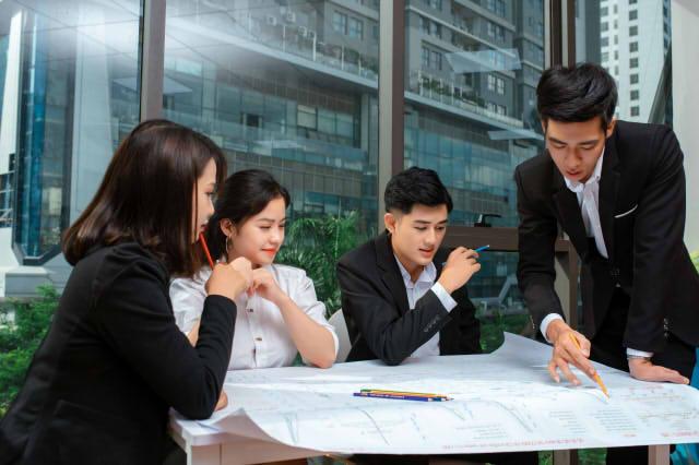 なぜ働き方改革で生産性向上を図るのか?重要性と方法を紹介