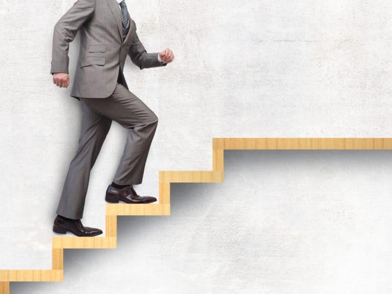 キャリア開発という視点からみた、これからのシニア人材マネジメントの方向性